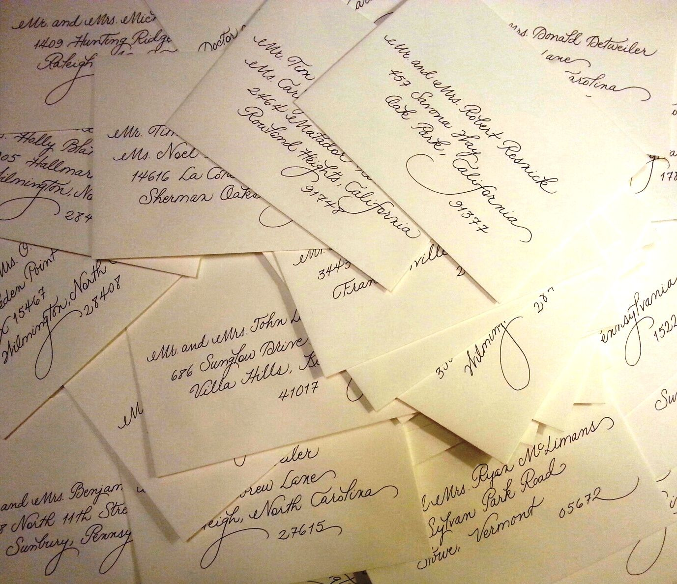 handwrite or print wedding invitation envelopes%0A Lots of fancy writing right here  I love my job   www calligraphybycarrie