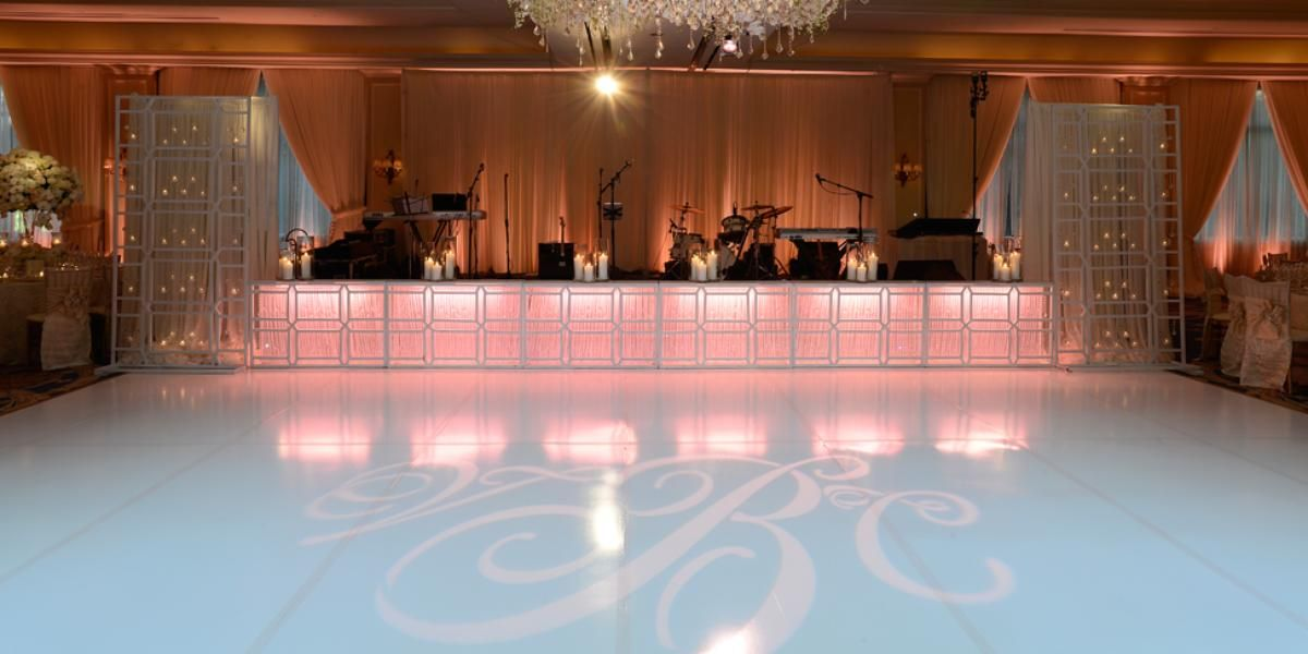 wedding reception venues cost%0A The Houstonian Hotel Club  u     Spa Weddings  Price out and compare wedding  costs for wedding ceremony and reception venues in Houston  TX