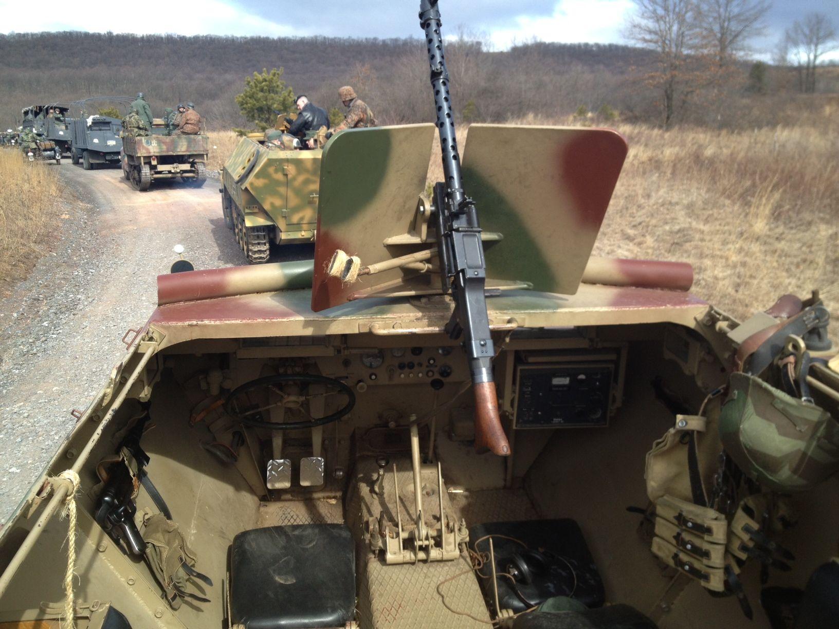 Sd kfz 250 1 sch tzenpanzer deutschland pinterest for Interior auf deutsch