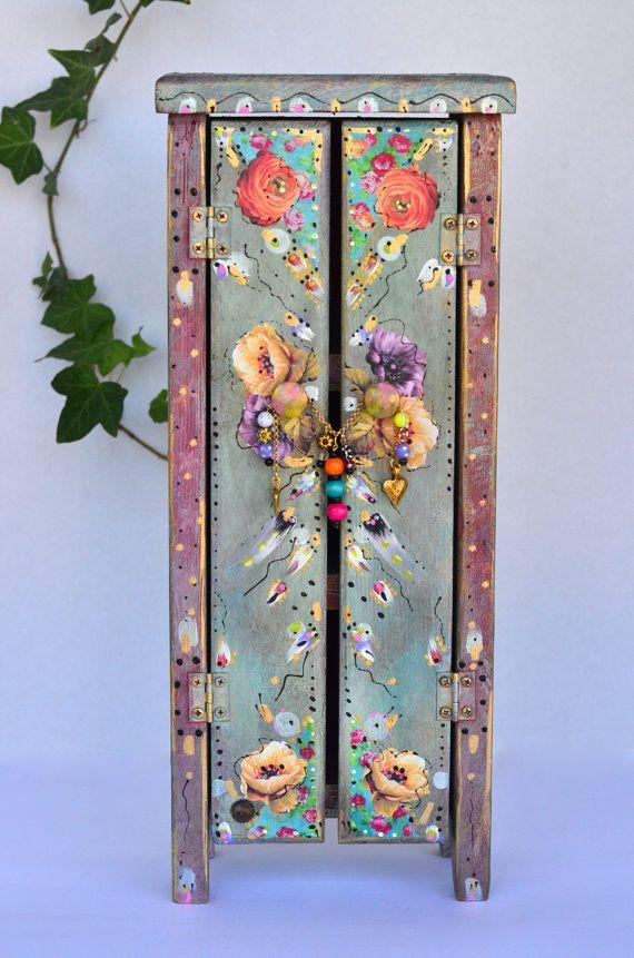 boho wooden standing cabinet mexican cottage chic painting pinterest bemalte m bel bunte. Black Bedroom Furniture Sets. Home Design Ideas