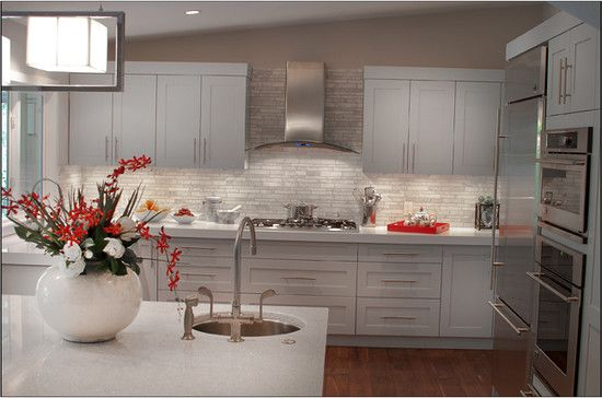 Best Transitional Kitchen With Shaker Style Cabinets Finished 640 x 480