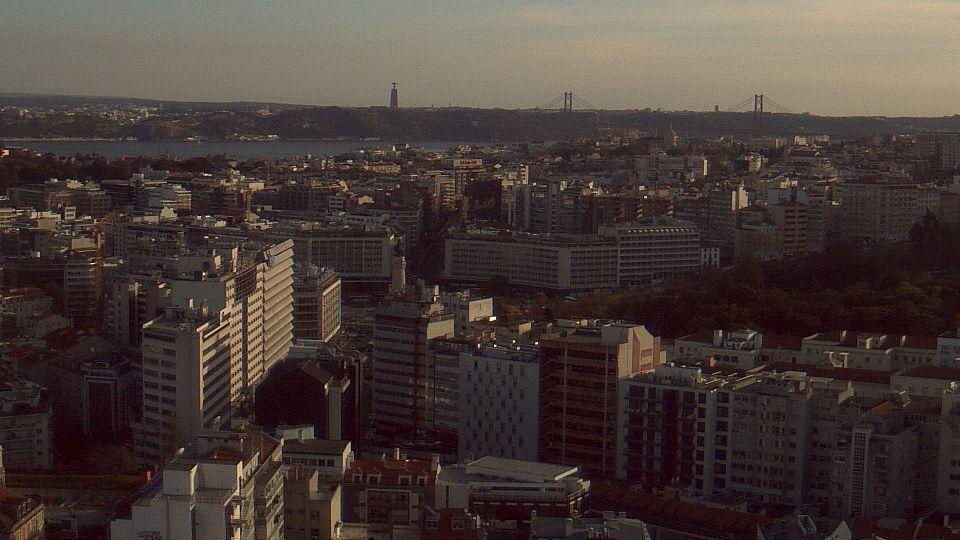 Room with a View - Sheraton Lisboa Hotel & Spa - Lisbon Cam