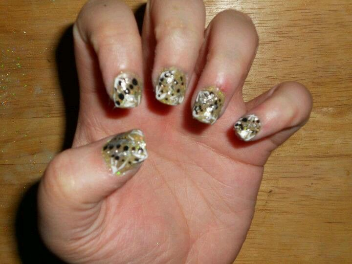 Clients golden b\'day | Diamond nails by me | Pinterest | Diamond ...