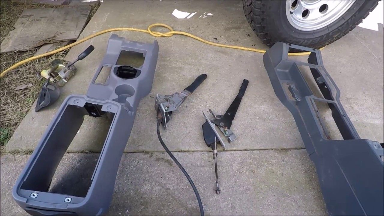 1996 Cherokee XJ Console Upgrade Using 98 Console Part1
