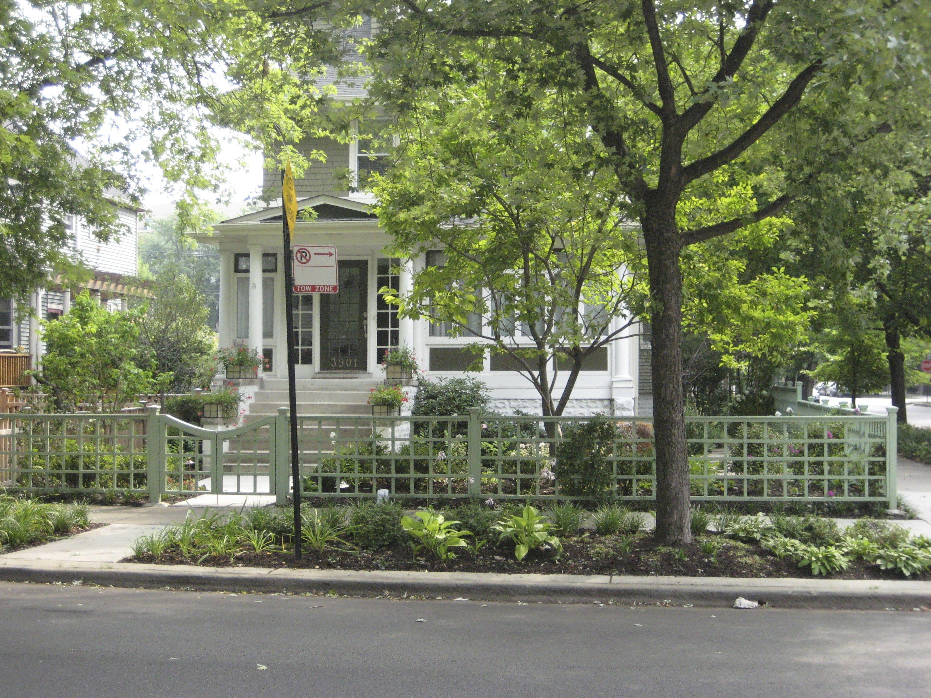 modern front yard fences