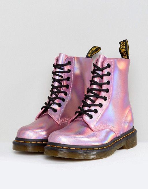 the best attitude fc53e 33a17 Dr Martens botas de cuero con cordones y diseño holográfico en rosa
