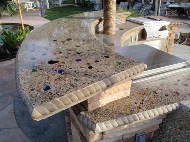 Cast In Place Concrete Countertop With Embedded Glass And Fiber