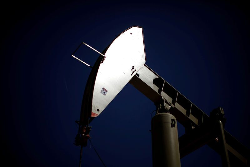Oil eases but iran sanctions keep prices near late 2014