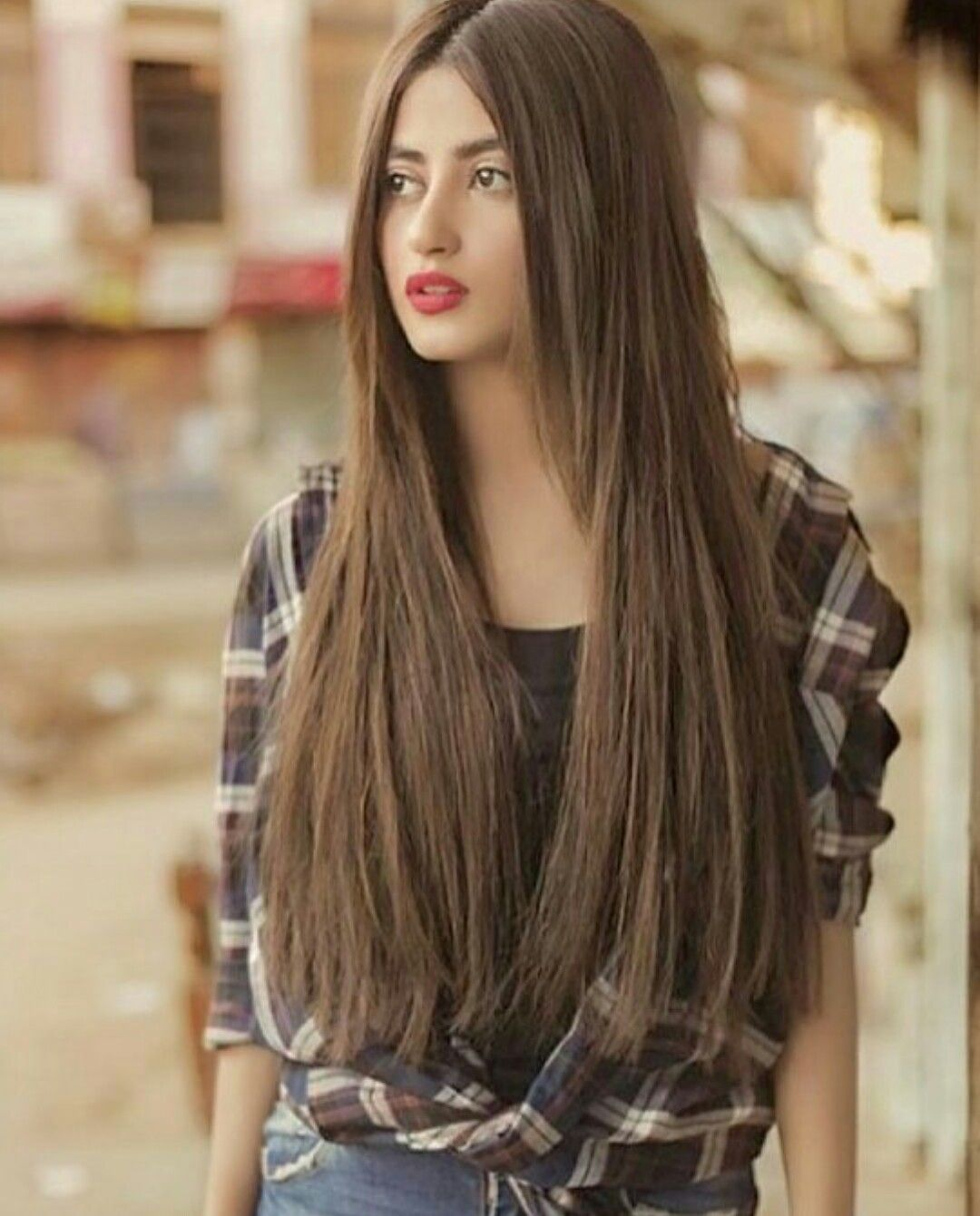 Pakistani Actress Hairstyles: Pin By Mano👸 On Hairstyle