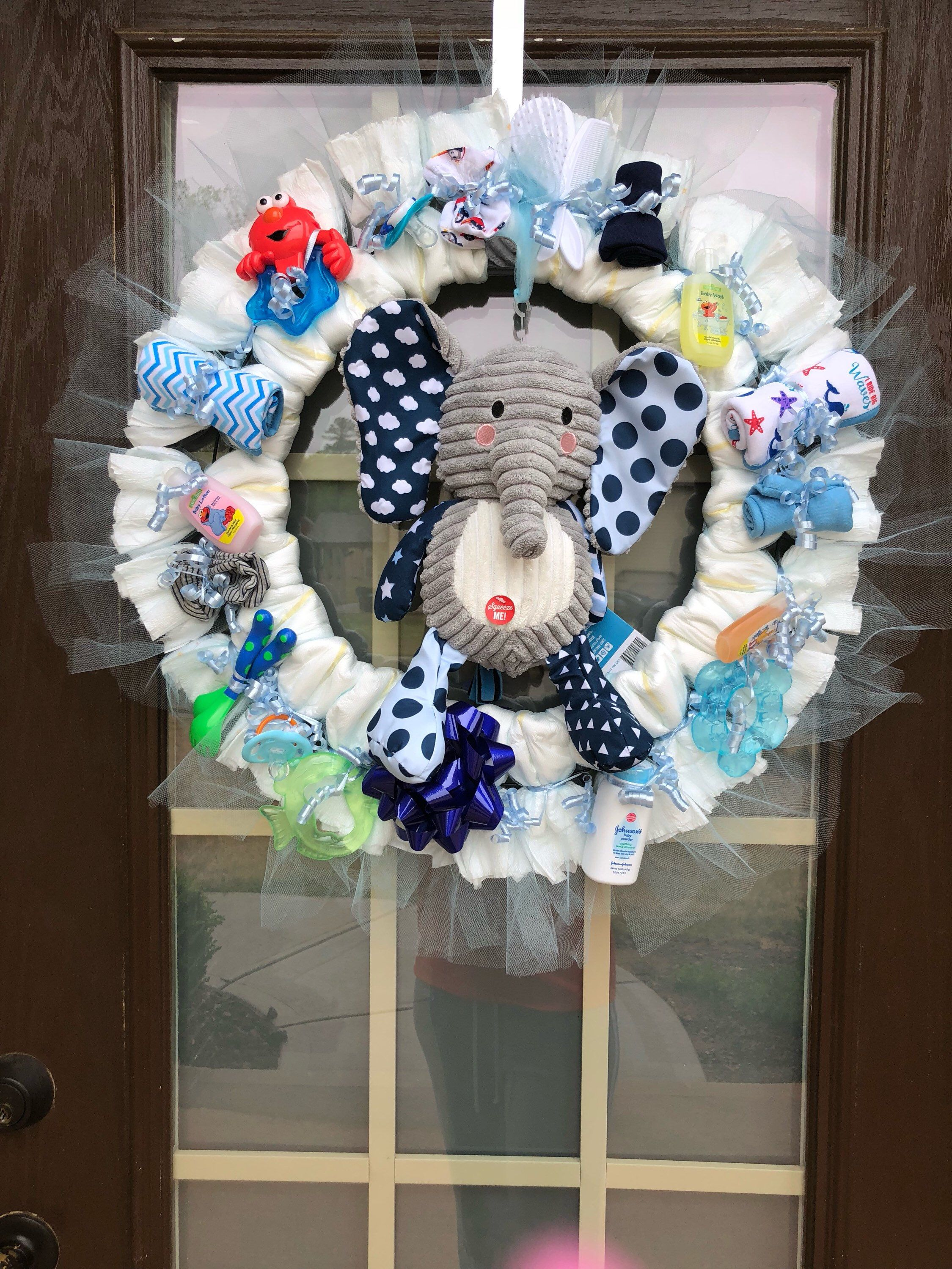 Pin by Tynnetta Parks on Tyesha baby shower in 2019 | Pinterest | Baby  shower diapers, Diaper wreath and Baby Shower