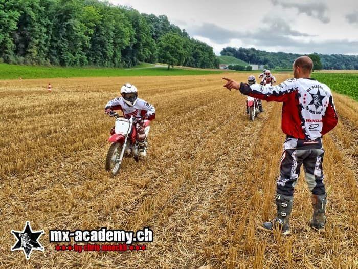 Kinder Motocross fahren lernen