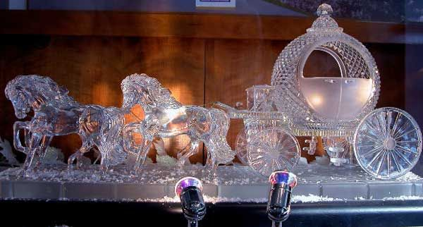 Cinderella themed carved ice statue for the wedding reception ...