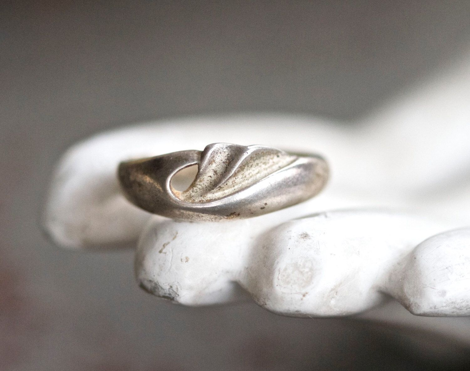 Art Nouveau Ring - Sterling Silver Stylized Wave Ring - Size 9 by Meanglean on Etsy https://www.etsy.com/listing/247239615/art-nouveau-ring-sterling-silver