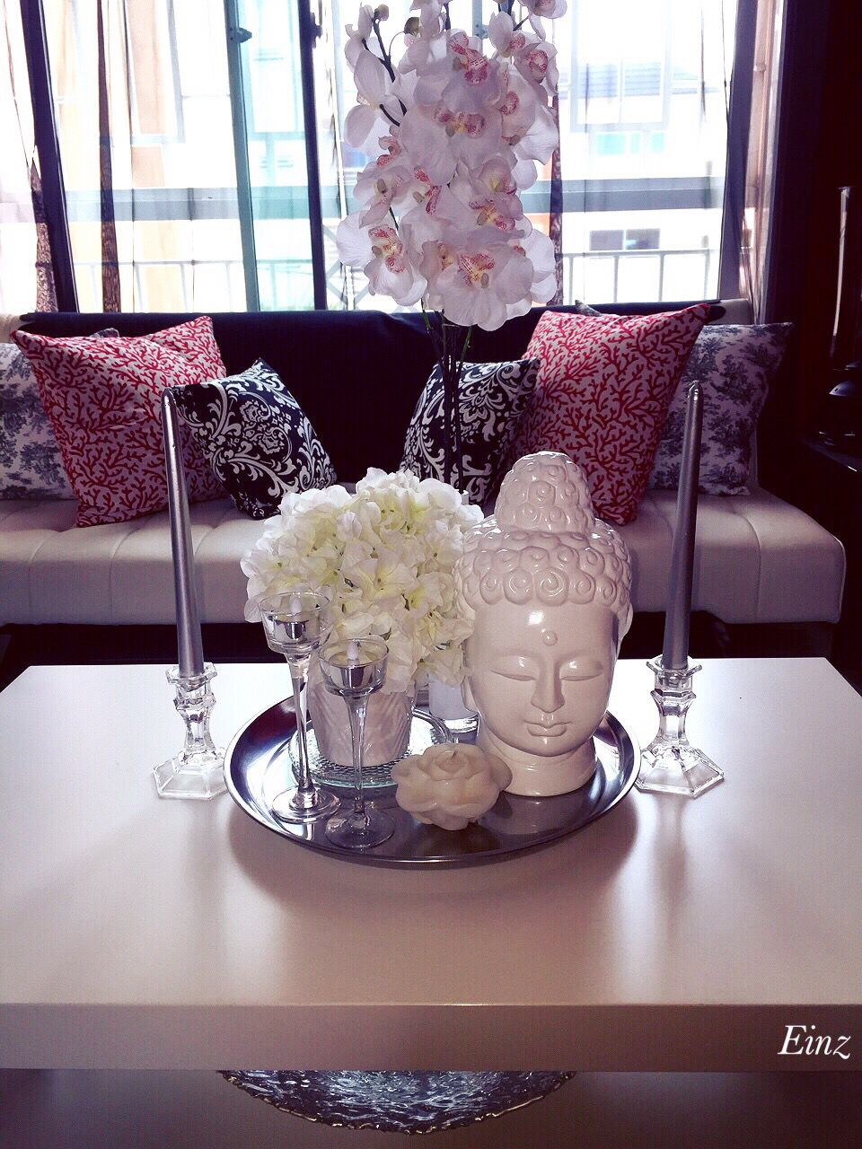 White Silver Coffee Table Decor Hydrangeas Orchids Buddha Head Glass Candle Holders Decorating Coffee Tables Glass Coffee Table Decor Elegant Coffee Table