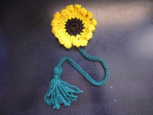 Sunflower Book Marker - Meladora's Crochet Tutorials - free crochet pattern