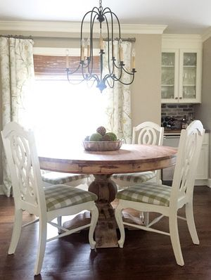 Breakfast Room Dining Built In Bar Round Pedestal Table With Vintage Chairs Farmhouse Chandelier Beth Hart Designs