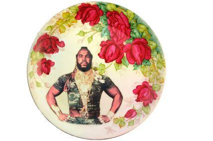 Plato con retrato de Mr. T. de Sergeant Bosco