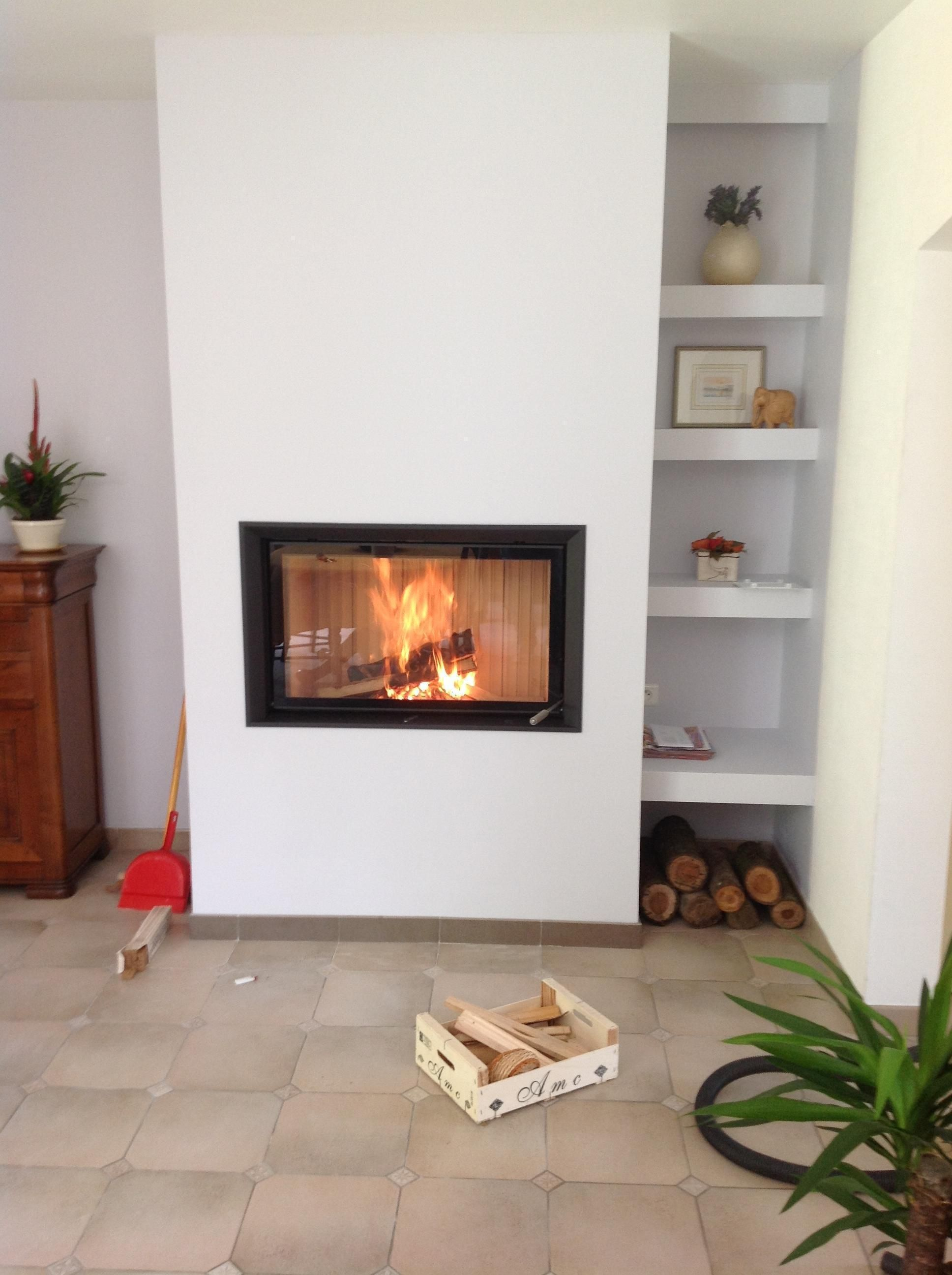 Coffrage tag res et foyer brunner fireplace in the for Amenagement cuisine avec cheminee
