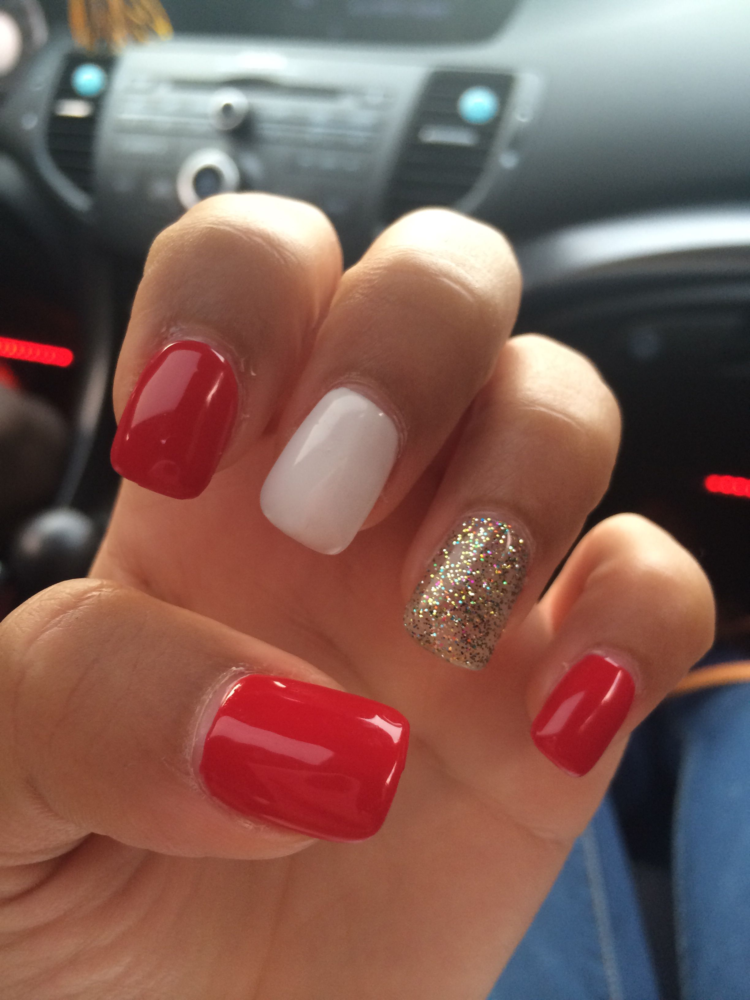 red and white nails perfect for summer or 4th of july state farm nails except for the gold change to silver
