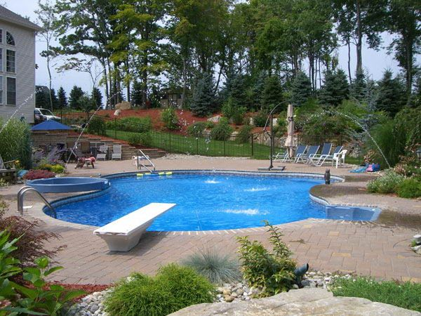 Swimming Pool Design With Diving Board
