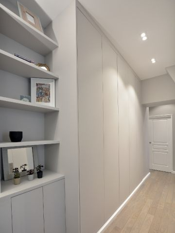 Modernisé et repensé, un Haussmannien de 65 m2 gagne une ...