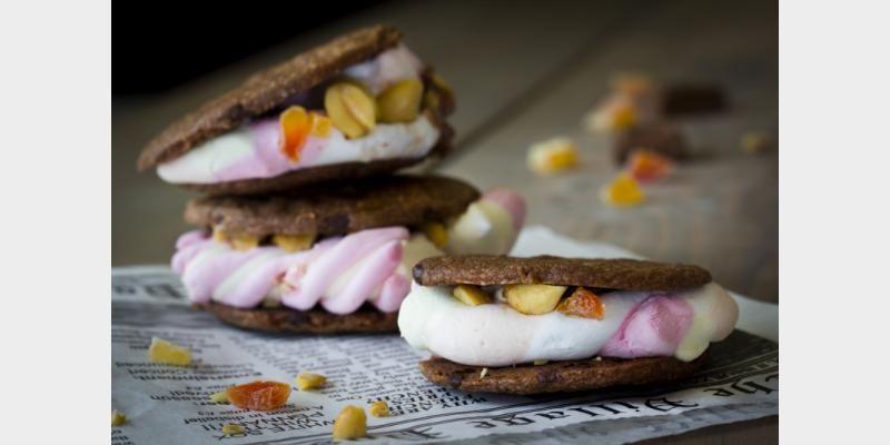 Valmista S'mores (Suklaaburgerit) tällä reseptillä. Helposti parasta!
