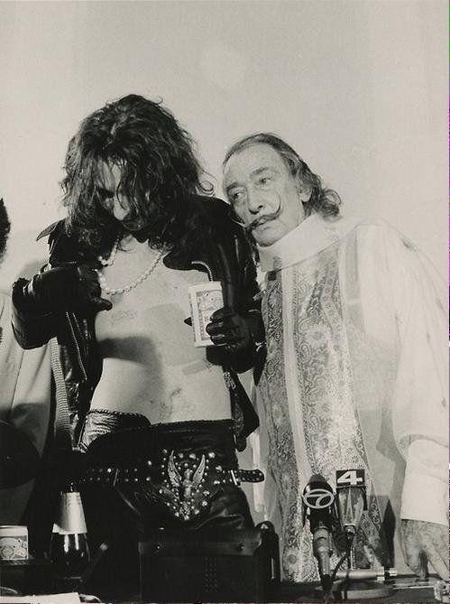 Alice Cooper y Salvador Dalí , 1973.