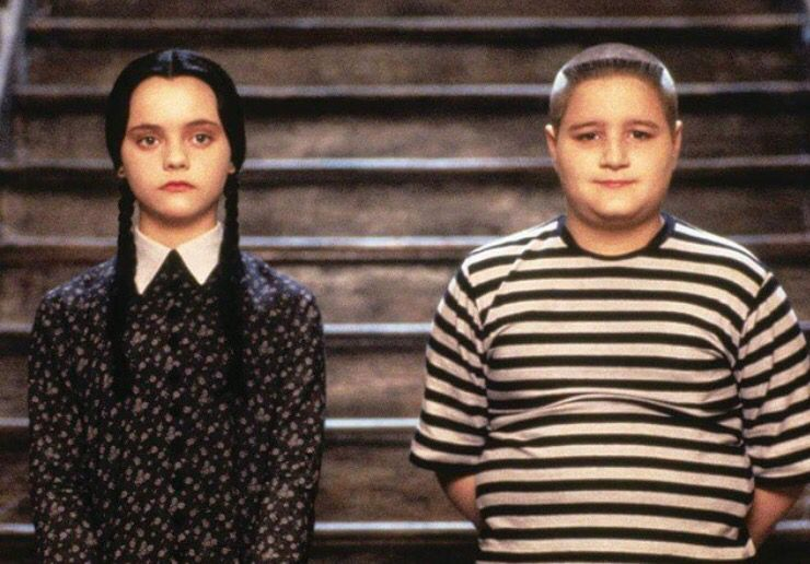 Wednesday And Pugsley Addams With Images Addams Family
