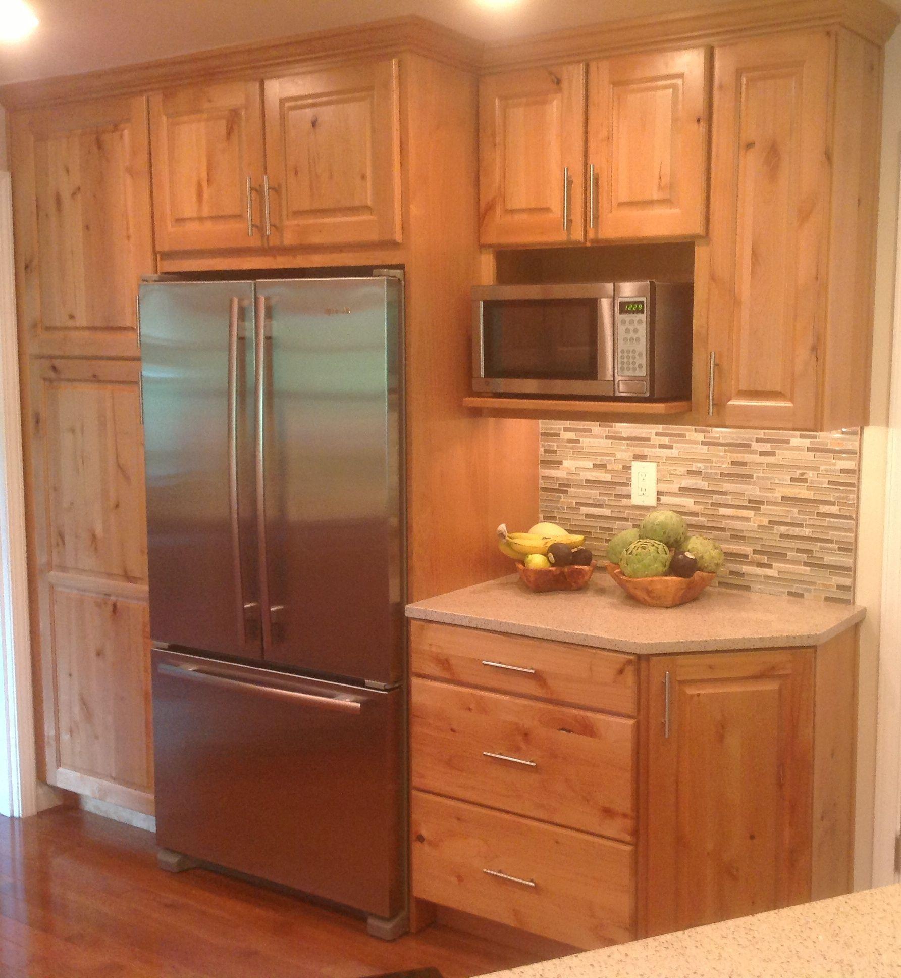 Pine Cabinet Kitchen Ideas: Rustic Alder Cabinets And Quartz Countertops. Www