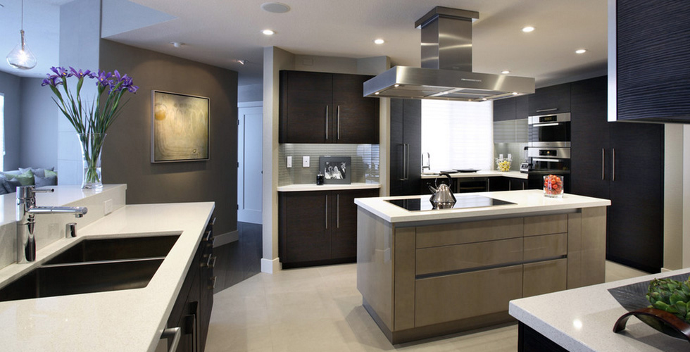 Two Toned Kitchen Custom Contemporary Veneer Kitchen And Bathroom Modern Kitchen Cabinet Design Kitchen Cabinetry Design Kitchen Cabinet Trends