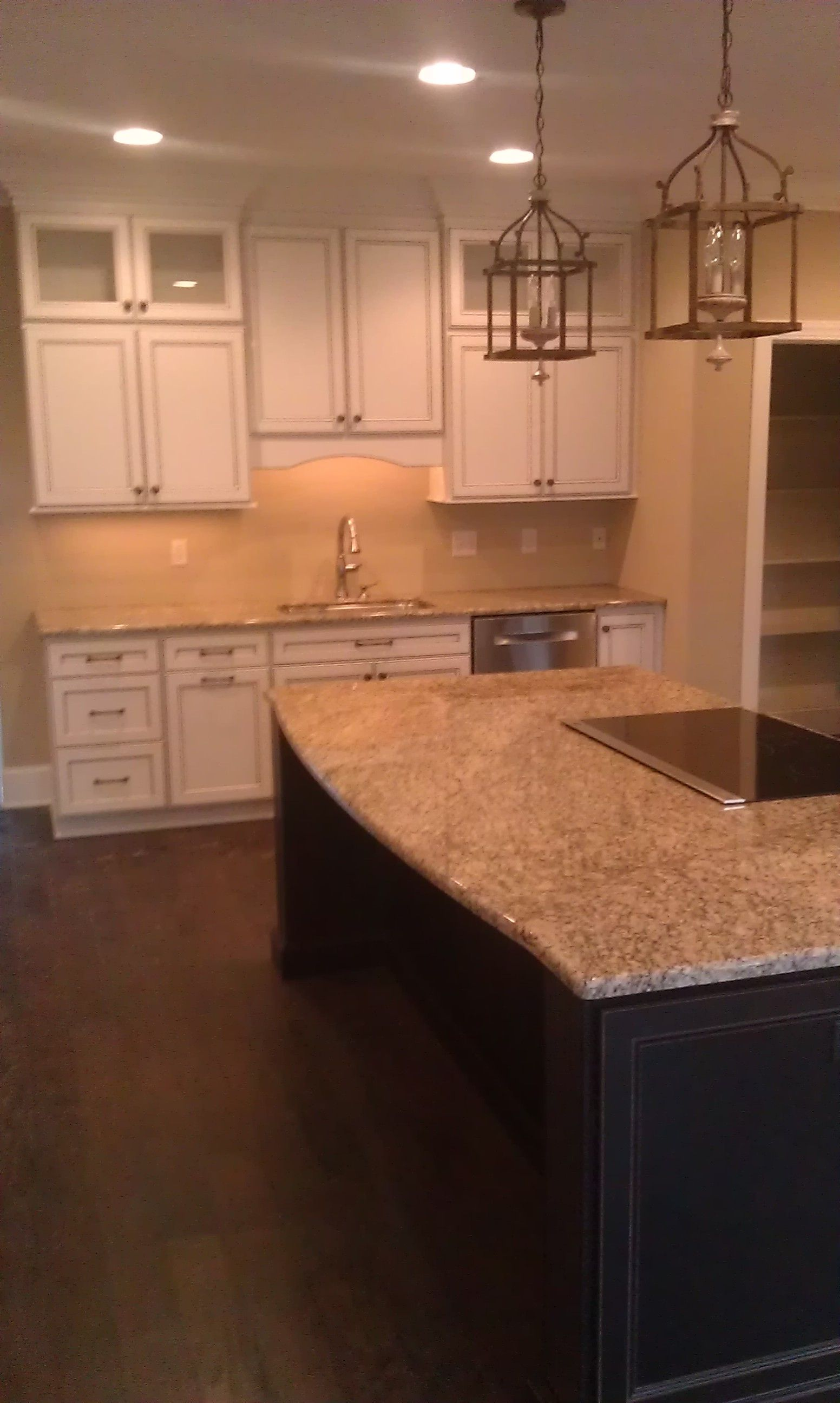 Kitchen cabinet - Homecrest cabinetry, Eastport Maple door ...