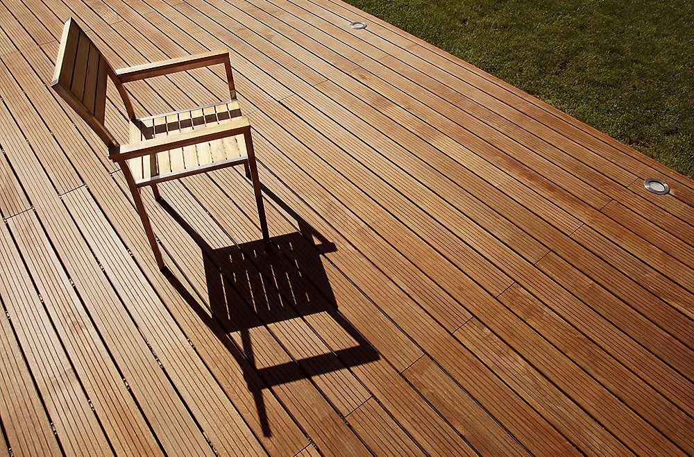 Darf Man Eine Terrasse Aus Tropenholz Kaufen Holzterrasse Terrasse Terrasse Holz