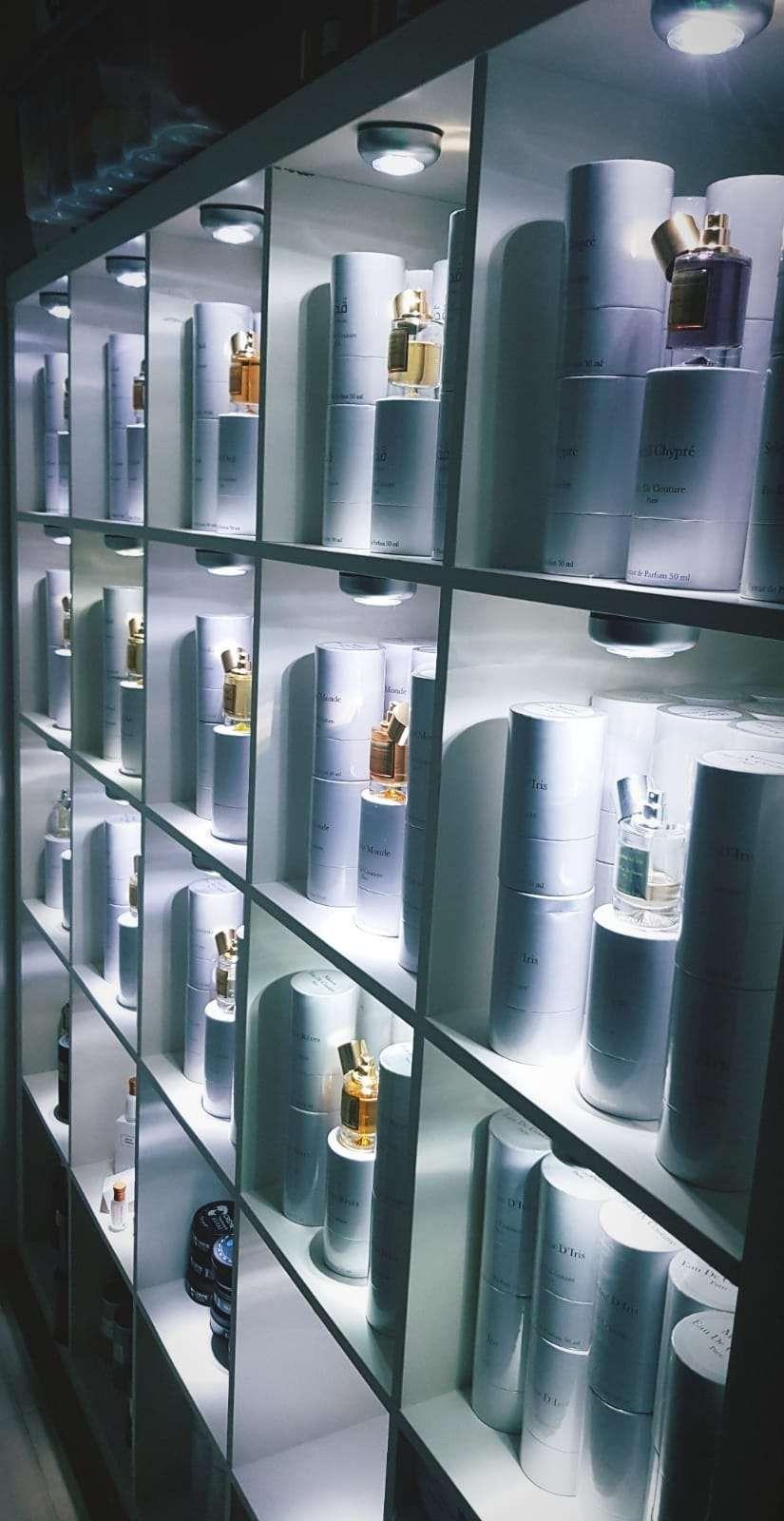 Parfum De Luxe Avec Images Parfum Parfum De Luxe Parfums