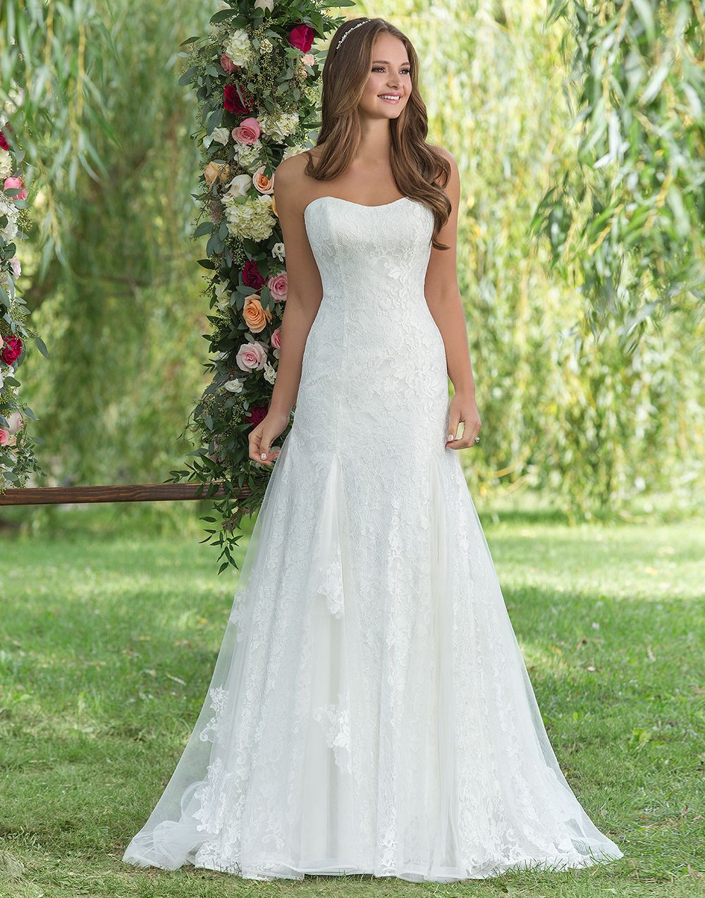 Vera\'s House of Bridals in Madison, WI | A-Line Wedding Dresses by ...