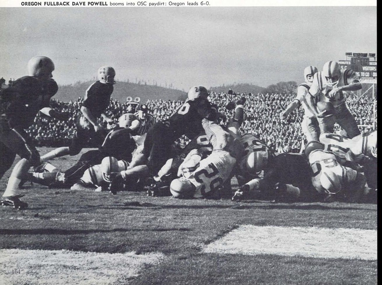 Oregon Fullback Dave Powell Scores A Touchdown Vs Oregon State In 1958 In Corvallis From The 1959 Oregana Univer University Of Oregon Oregon State Corvallis