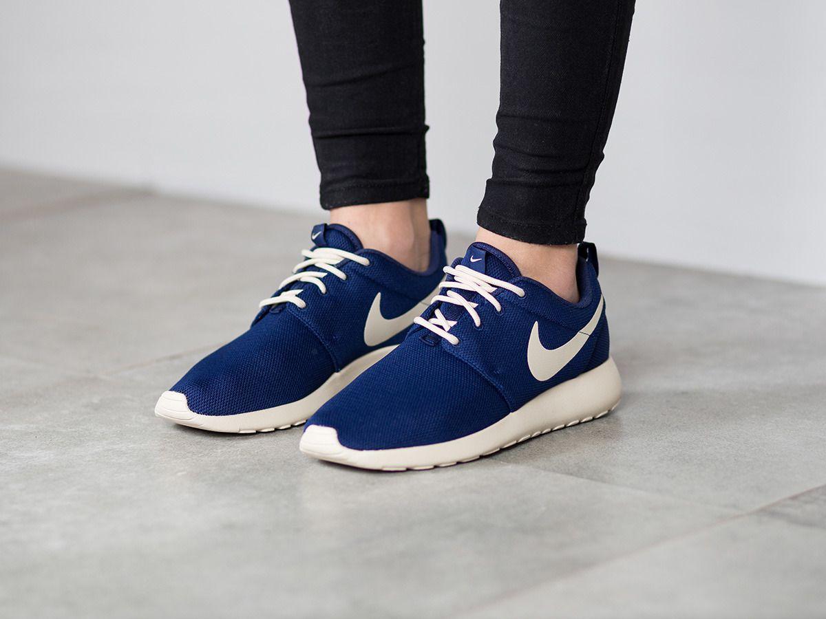 Nike Damen Roshe One Sneaker
