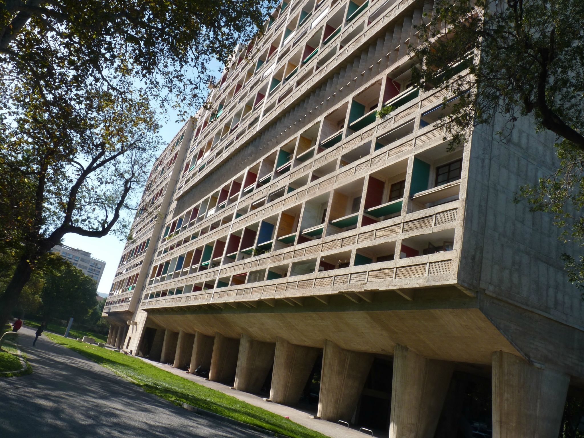 Marseille 2 La Cite Radieuse Chemins De Traverse Le Corbusier Marseille Marseille Radieuse