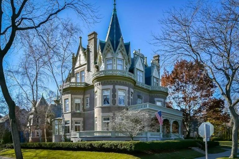 1896 Victorian Goldberg Mansion For Sale In Milwaukee Wisconsin
