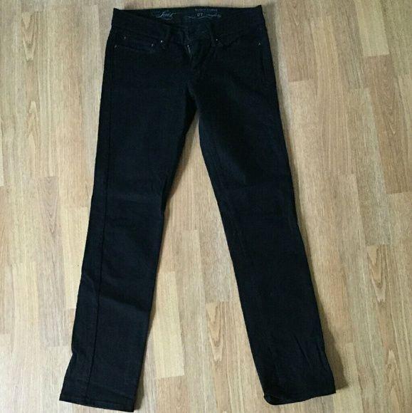 Black Levi Denim- NEW/NEVER WORN Never been worn slight curve/straight leg black Levi denim. Levi's Pants Straight Leg