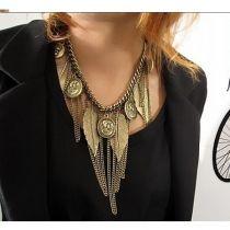 nueva moda nuevo 1pcs figura hoja revés cadena Collar Vintage capa