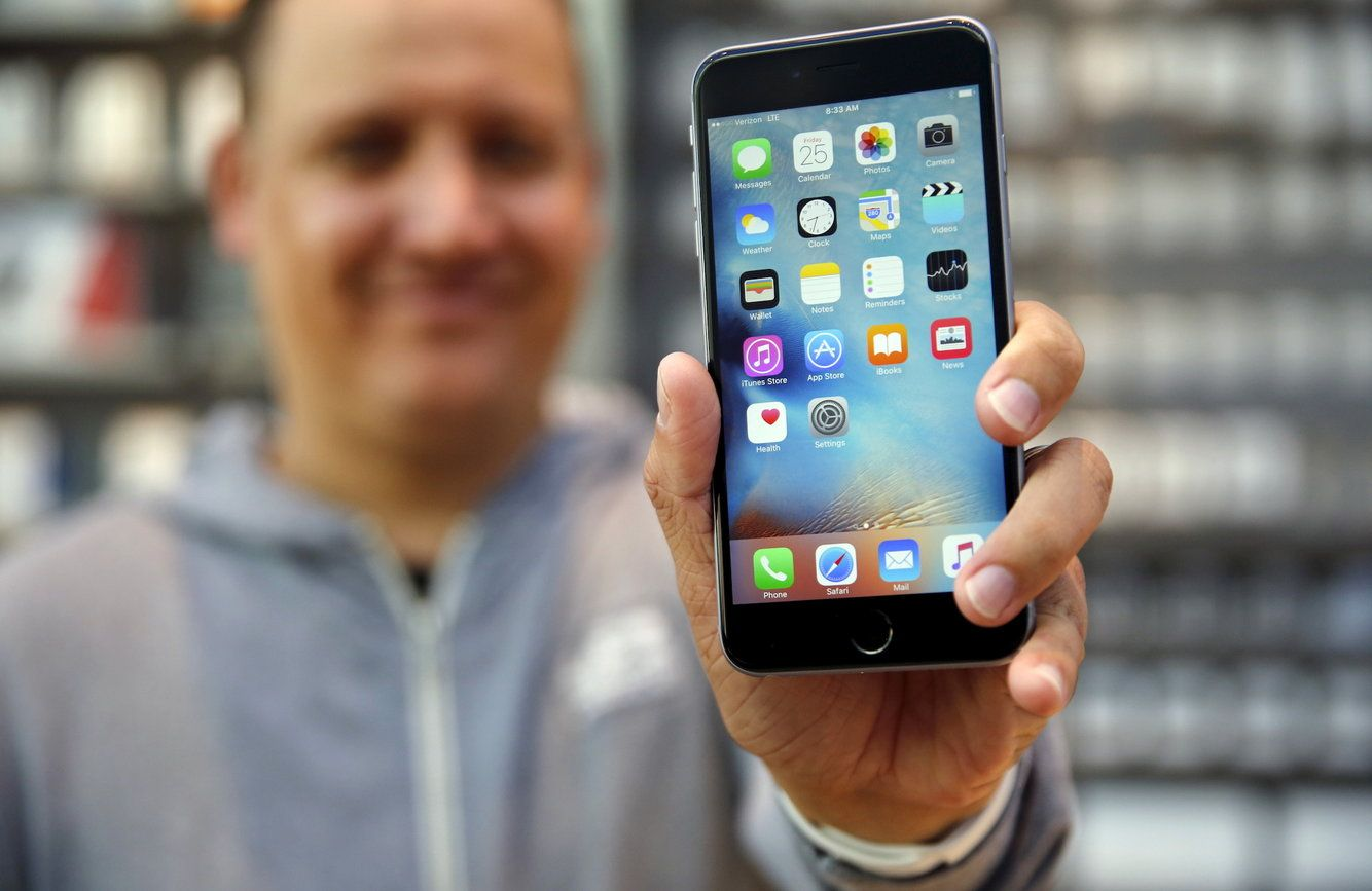 How to clear the cache on your iPhone to free up storage