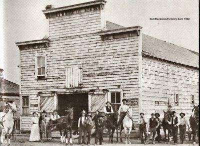 1902 - Cal Blackwood´s livery barn, Kelowna, BC?
