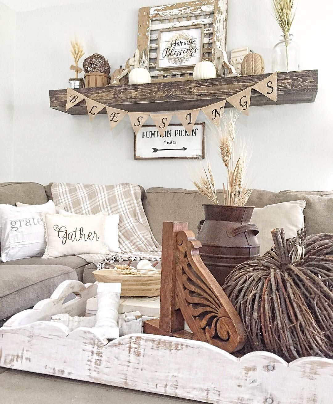 Farmhouse Drcor Ideas Wall Over Couch