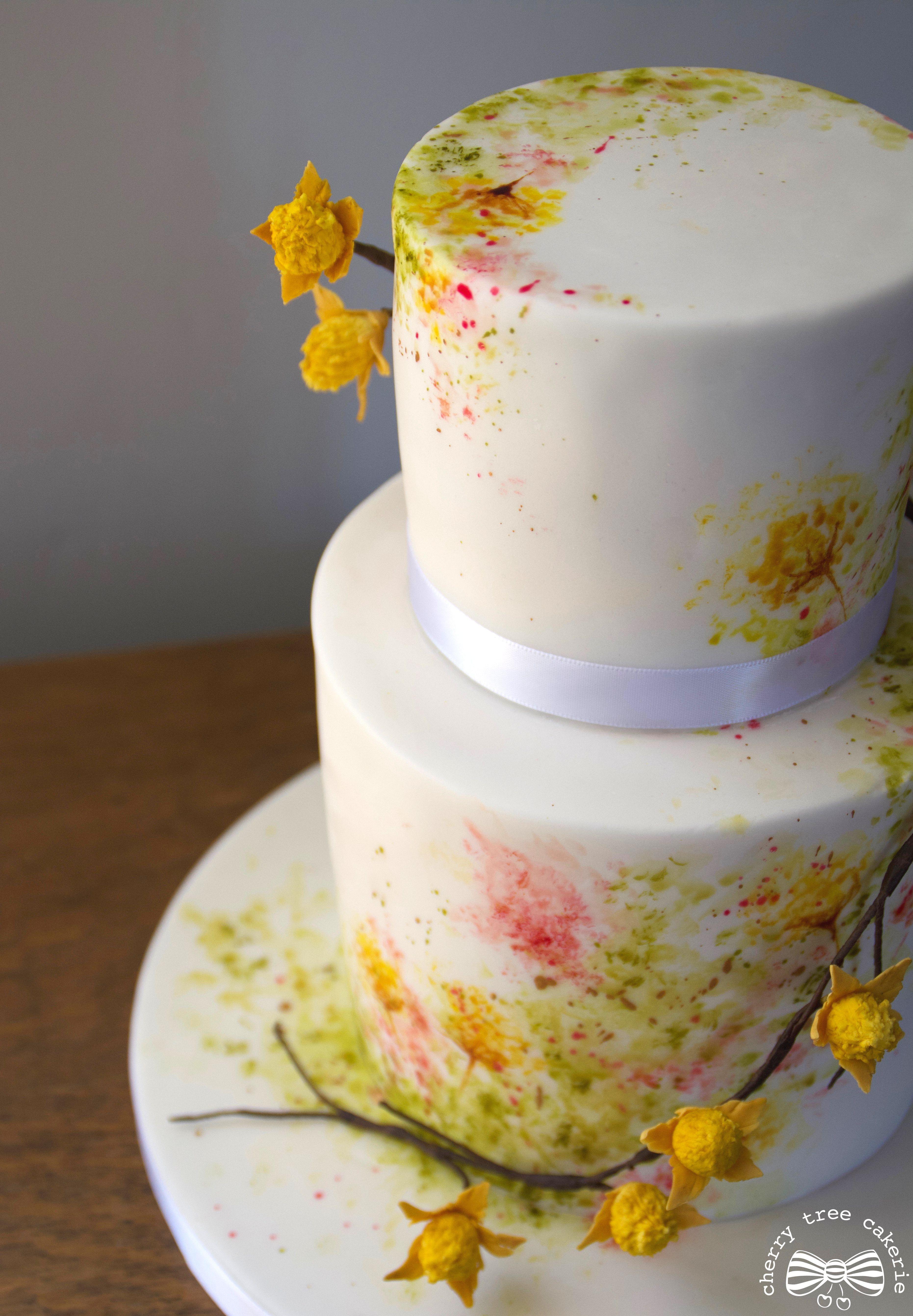 Spring wildflower inspired hand painted wedding cake elegantne i