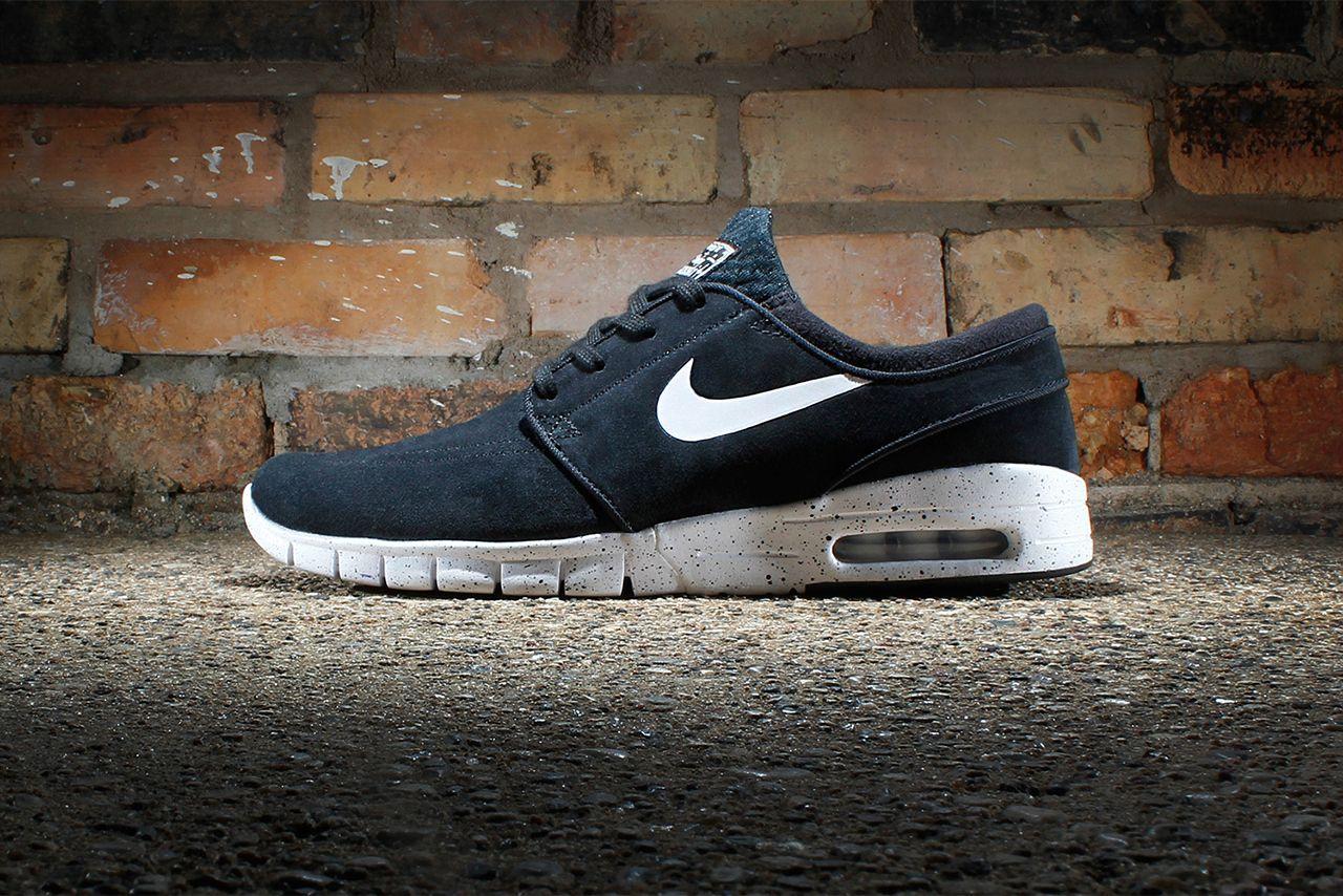 Explore Runs Nike, Nike Sb, and more! Nike SB Stefan Janoski Max Suede Black /White #sneakers