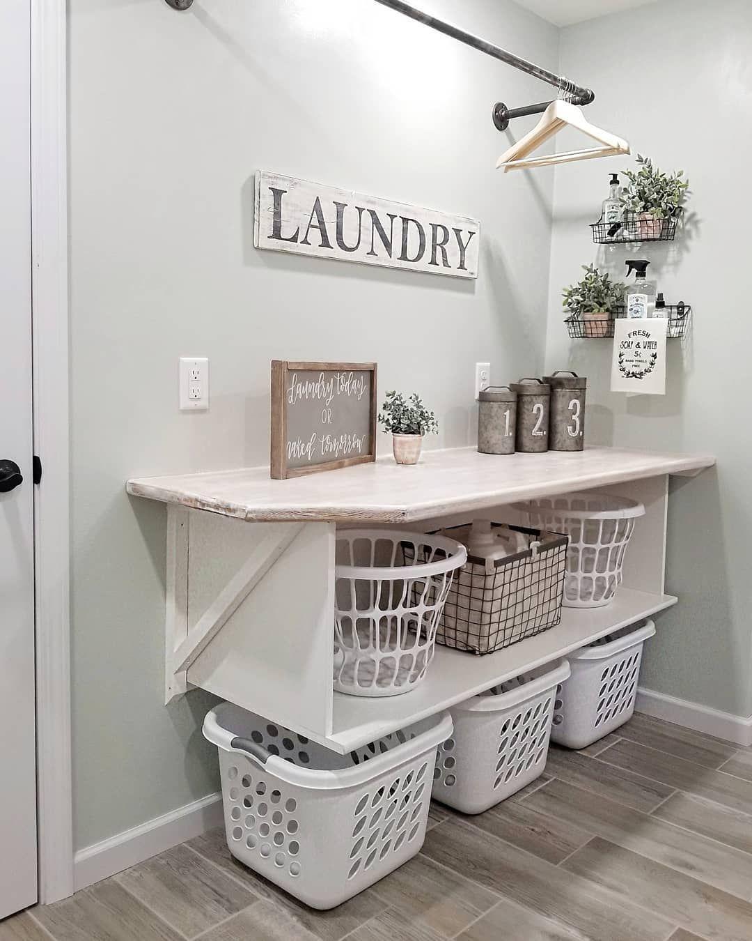 Phenomenal small laundry room drying rack ideas #laundryroomideas #smalllaundryroom #homeimprovement #homedecorideas #laundry
