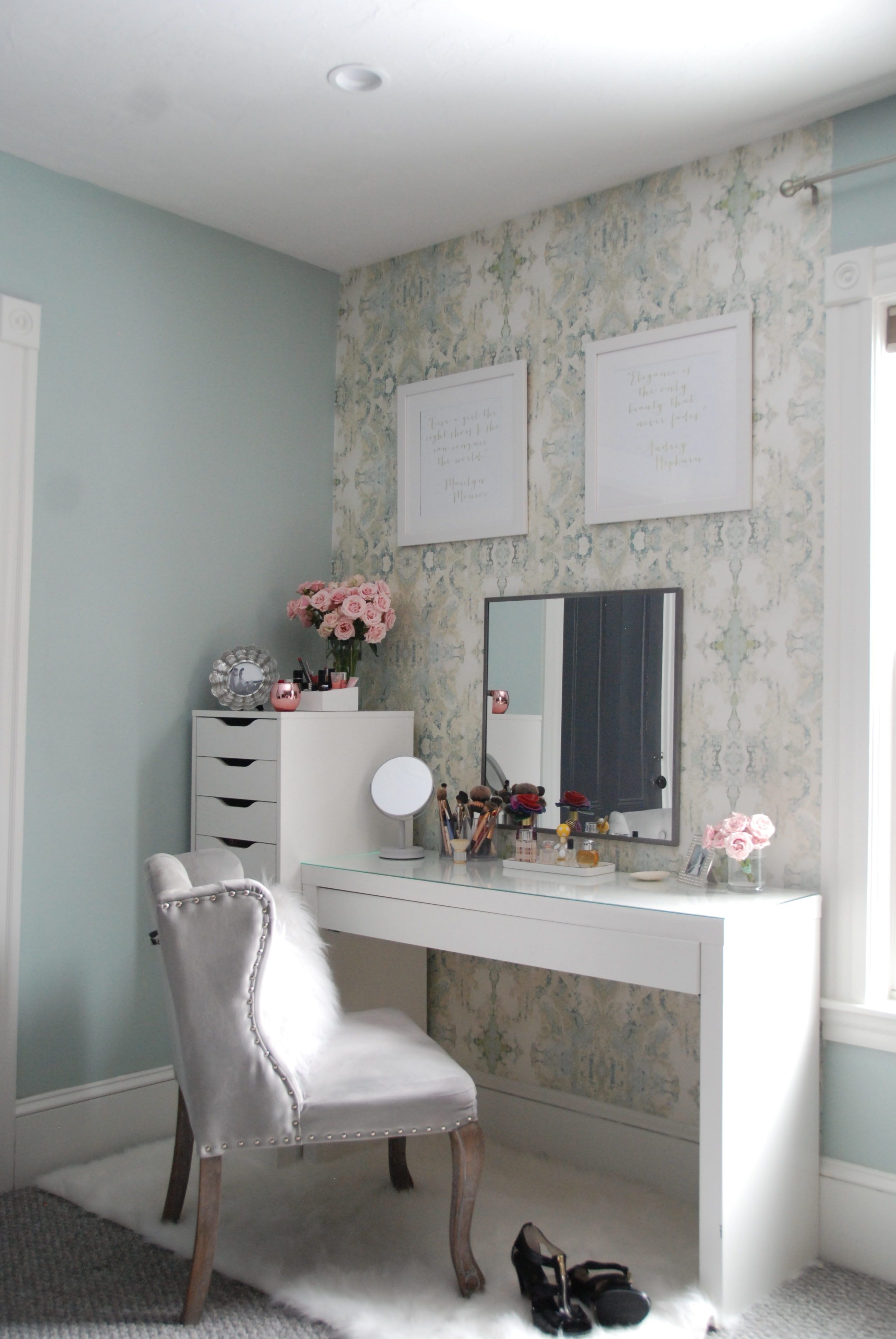 beauty vanity area tour with anthropologie wallpaper and. Black Bedroom Furniture Sets. Home Design Ideas