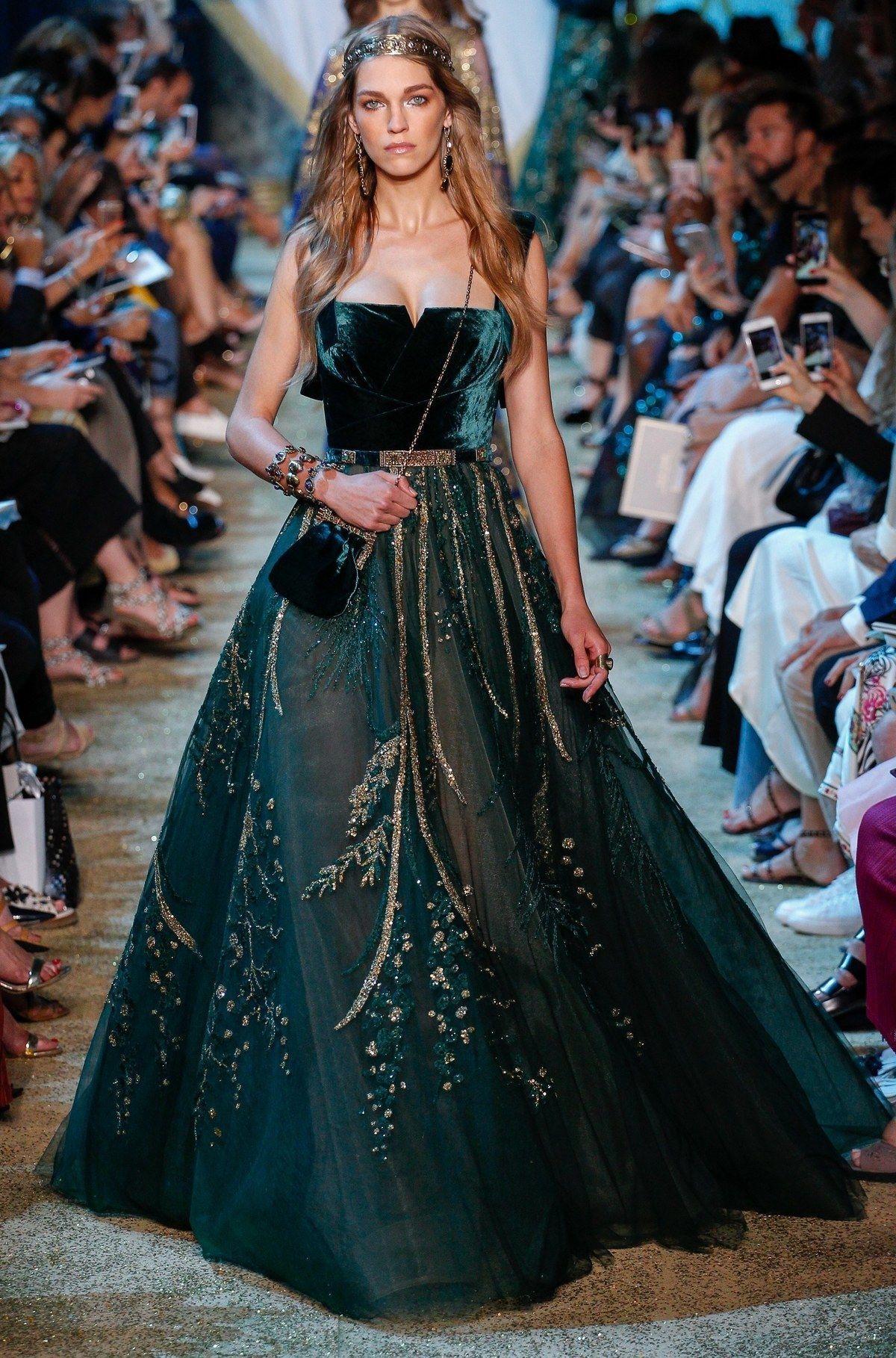 Elie Saab Haute Couture Fall-Winter 2017 - fashion trends, beauty, fashion models ...