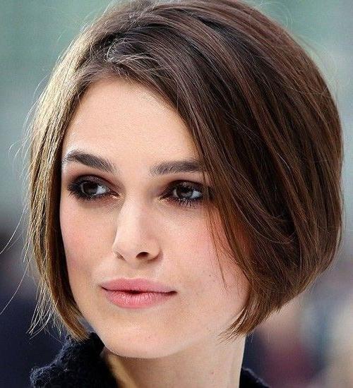 Neueste Kurze Frisuren Für Hohen Wangenknochen Für viele von uns ...