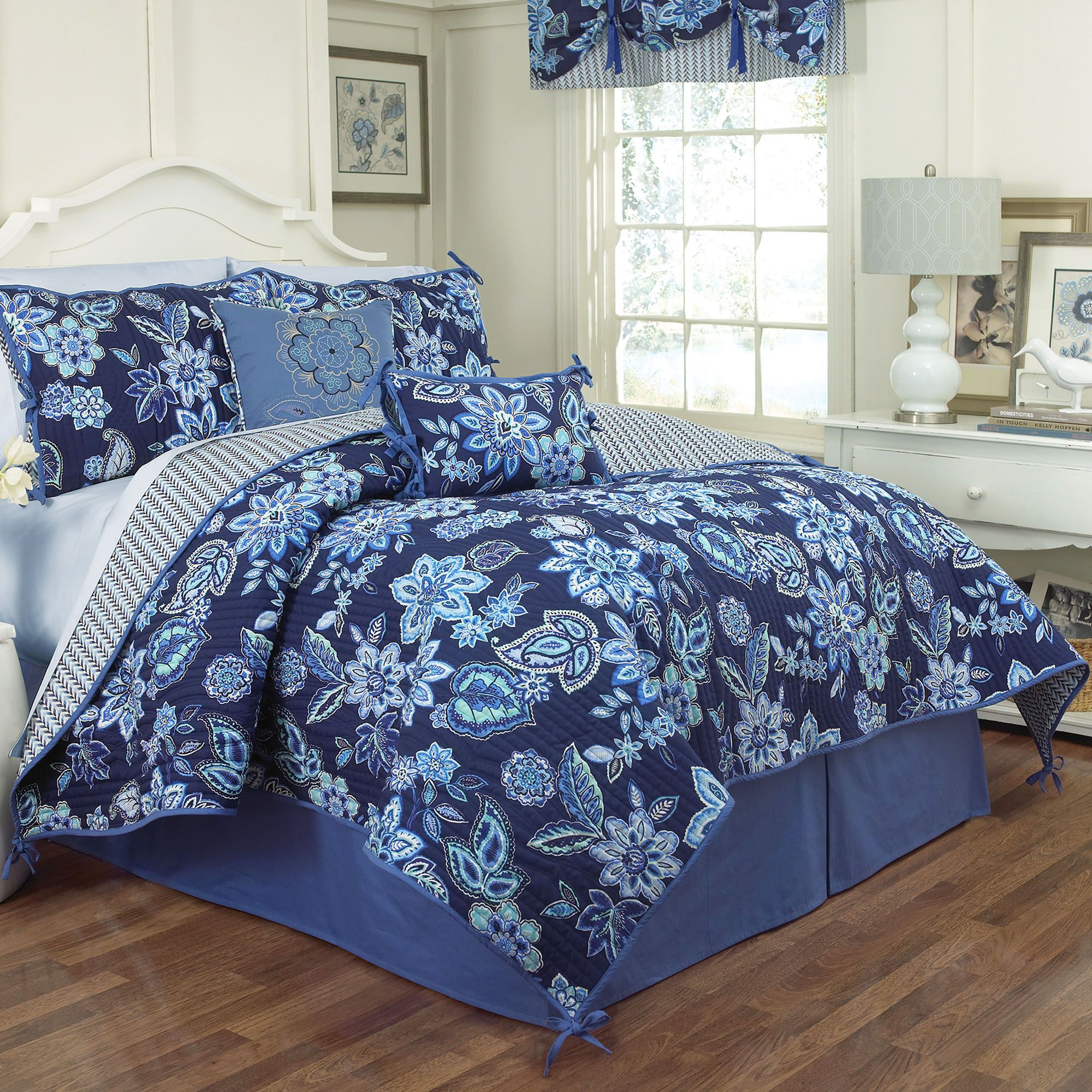Charismatic Reversible Navy Blue Quilt Set By Waverly